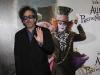 Tim Burton alla premiere di Alice in Wonderland