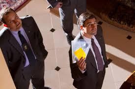 Kyle Chandler è l\'agente del FBI sulle orme di Belfort